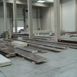 sklad panelů pro výrobu garážových vrat